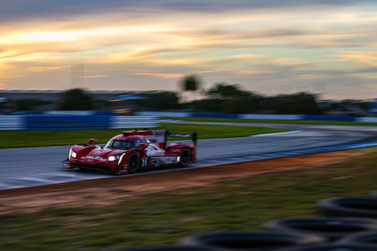 Sebring: Cadillac feiert dominanten Dreifacherfolg, Corvette siegt erneut in der GTLM