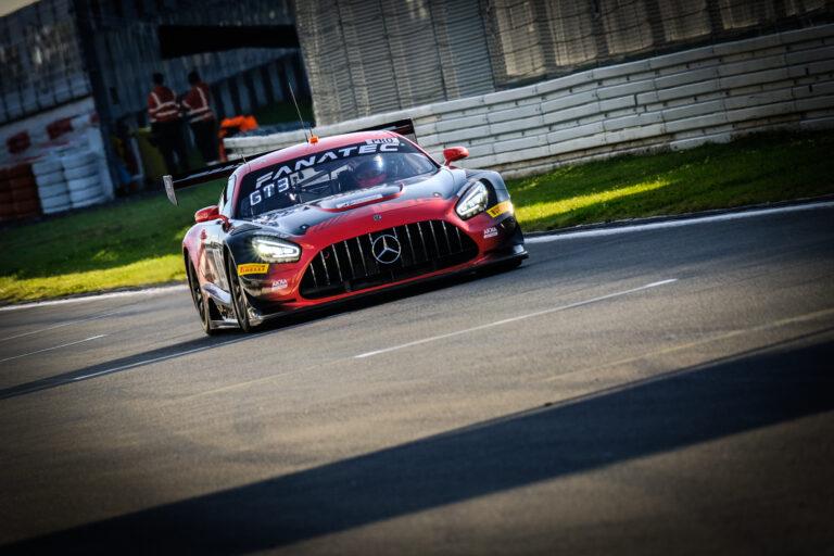 GTWC Nürburgring: Akka ASP bestimmt Tempo beim freien Training